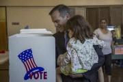 Le maire de Los Angeles, Eric Garcetti... (AFP, David McNew) - image 7.0
