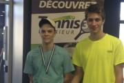 Sur la photo, Jonathan Bédard (à droite) est... - image 1.0