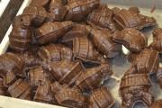 La chocolaterie des Pères trappistes fabrique 80 petites... (Photo Le Quotidien, Louis Potvin) - image 2.0
