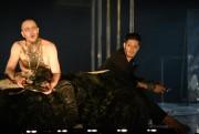 Benoît McGinnis et Éric Bruneau dans Caligula... (Photo Yves Renaud, fournie par le TNM) - image 1.0