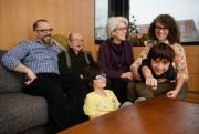 Marie Faija, Martin Landry, leurs enfants et les... (Photo Ninon Pednault, La Presse) - image 3.0