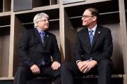 Jim Popp et Marc Trestman... (PhotoFrank Gunn, La Presse canadienne) - image 2.0