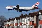 Certains aéroports, comme ceux d'Amsterdam ou de Londres... (PHOTO JUSTIN TALLIS, ARCHIVES AGENCE FRANCE-PRESSE) - image 1.0