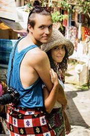 Mike Couturier et Nadia Stoti, en Indonésie... (Fournie par Lovetrotters) - image 6.0
