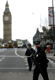 Les événements ont débuté sur le pont de... (AP, Matt Dunham) - image 4.0
