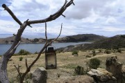 D'un petit restaurant d'Isla del Sol, en Bolivie,... - image 2.0