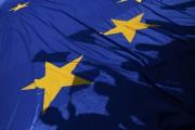 Des manifestants ont déployé un drapeau de l'UE... (Photo Alessandro Bianchi, REUTERS) - image 2.0