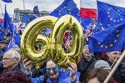 Les Polonais, favorables à 80 % à l'Union... (AFP, Wojtek RADWANSKI) - image 3.0