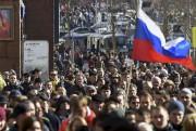 La marche qui a rassemblé des milliers de... (AFP, Vasily Maximov) - image 2.0