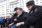 Alexeï Navalny détenu par la police.... (AP) - image 2.0