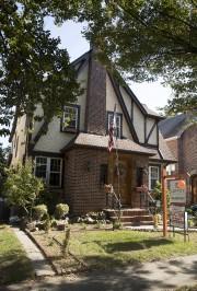 La demeure, située dans le quartier plutôt cossu... (AP, Mary Altaffer) - image 2.0