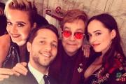 La chanteuse Katy Perry, l'auteur Derek Blasberg et... (Photo tirée d'Instagram) - image 1.0