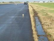 Cette trace de pneu a été laissée par... (PHOTO FOURNIE PAR LE BST) - image 2.0