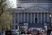 L'incident s'est produit sur l'avenue Independence, qui borde... (Photo AP) - image 1.0