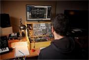 Concepteur sonore, Benoît (nom fictif) a été en... (photo andré pichette, la presse) - image 1.1