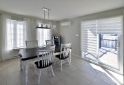 La nouvelle salle à manger est plus contemporaine.... (Le Soleil, Patrice Laroche) - image 3.0