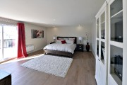 La chambre principale bénéficie de la lumière qui... (Le Soleil, Patrice Laroche) - image 4.0