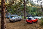 La Compass Limited et la Compass Trailhawk. Photo:... - image 6.0