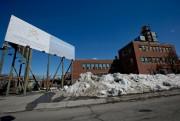 L'ancienne usine Armstrong, tout près de la station... (Photo David Boily, Archives La Presse) - image 1.0