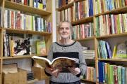 Les livres font aussi partie des articles de... (Photo Le Quotidien, Jeannot Lévesque) - image 1.0