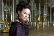Dans la série Versailles, Suzanne Clément interprète Madame... (photo fournie par la production) - image 1.0