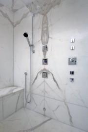 De grandes dalles de marbre ont ŽétéŽ installŽées... (PHOTO FOURNIE PAR CIOT) - image 1.1