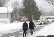 De nombreux policiers et enquêteurs se sont rendus... (Sylvain Mayer) - image 7.0
