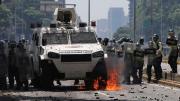Des heurts avec les forces de l'ordre ont à nouveau... (AFP, FEDERICO PARRA) - image 2.0