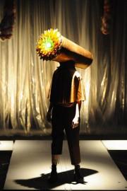 Des chapeaux-costumes plus bizarrement loufoques les uns que... (PHOTO FOURNIE PAR LA PRODUCTION) - image 1.0