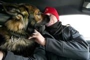 Le lien entre le policier et le chien... (Photo David Boily, La Presse) - image 1.1