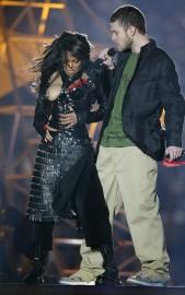 Janet Jackson, au Superbowl de 2004 , avec... (Photo Pierre Ducharme, archives REUTERS) - image 1.0