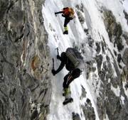 Marche d'approche vers la face sud du Gasherbrum... (Photo Louis Rousseau) - image 2.0