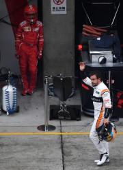 Fernando Alonso est rentré à pied après son... - image 3.0