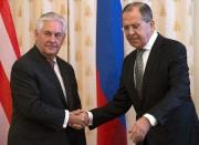 Rex Tillerson etSergueï Lavrov.... (AP) - image 2.0
