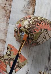 Oeufs décorés de papier de soie... (Photo fournie par DeSerres) - image 5.0
