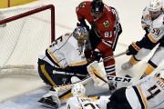 Le gardien de Predators Pekka Rinne se dresse... (David Banks, Associated Press) - image 2.0