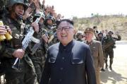 Le leader nord-coréen Kim Jong-Un... (AFP, KCNA VIA KNS) - image 2.0