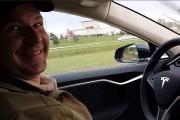 Joshua Brown est mort dans sa Tesla qui... (AP) - image 7.0