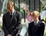 William et Harry lors des funérailles de leur... (AFP, Adam Butler) - image 2.0