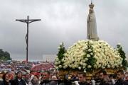 La statue de la Vierge à Fatima, au... (AFP, JOSE MANUEL RIBEIRO) - image 2.0