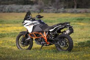 KTM 1090 Adventure R. Photo: KTM... - image 10.0