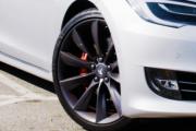 Le constructeur américain de véhicules électriques Tesla va... - image 1.0