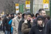 Les électeurs français étaient nombreux à faire la... (La Presse canadienne, Graham Hughes) - image 1.0