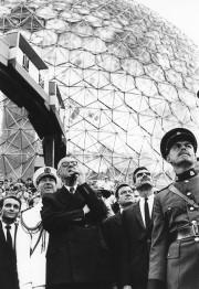 Le général Charles De Gaulle (au centre), de... (Archives La Presse) - image 6.0