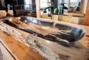 Le bois pétrifié est une variété de quartz-ce... (Photo Hugo-Sébastien Aubert, La Presse) - image 1.1