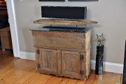 Ce meuble antique est un évier sec qui... (Le Soleil, Patrice Laroche) - image 3.0