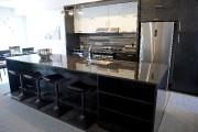 Le comptoir de cette cuisine est recouvert de... (Le Soleil, Erick Labbé) - image 4.0