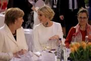 Angela Merkel, Ivanka Trump et la ministre canadienne... (AP) - image 4.0