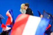 Brigitte et Emmanuel Macron... (AFP, Eric Feferberg) - image 2.0