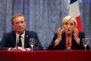 Marine Le Pen et Nicolas Dupont-Aignan... (AFP, Geoffroy Van Der Hasselt) - image 2.0